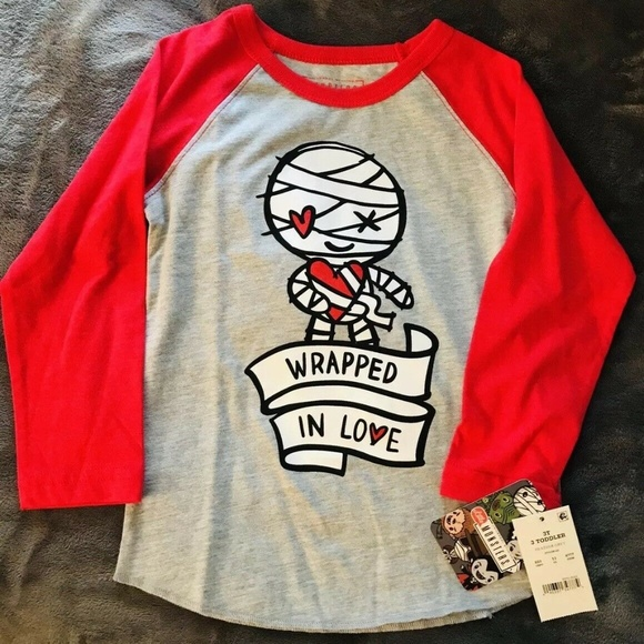 universal studios Other - Valentine Wrapped in love shirt 3T NEW Unisex